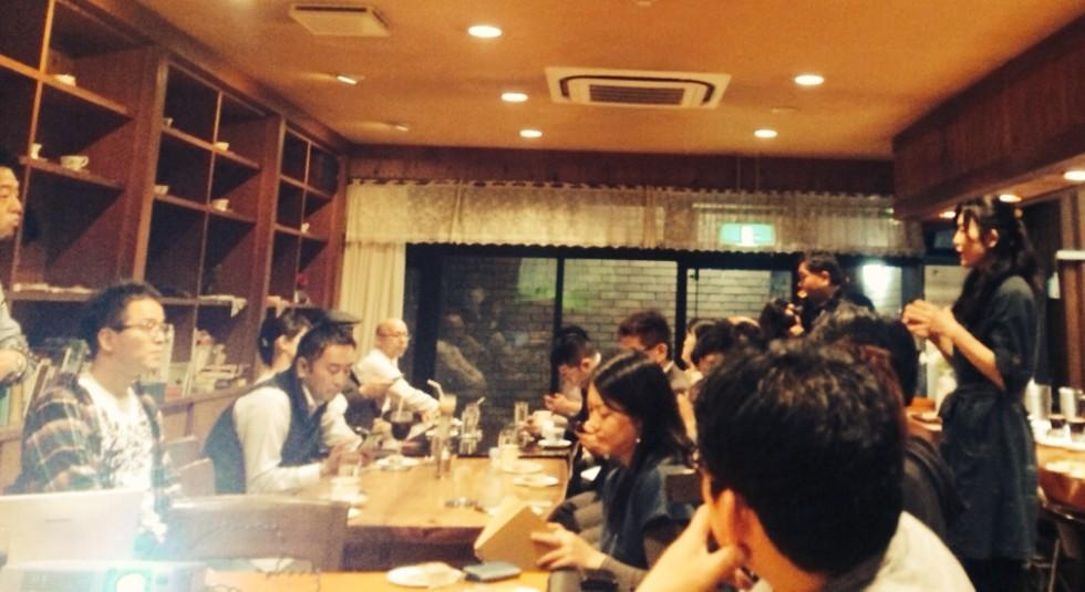 未来をつくるkaigoカフェでは医療福祉の未来を占う熱い人々が集まる